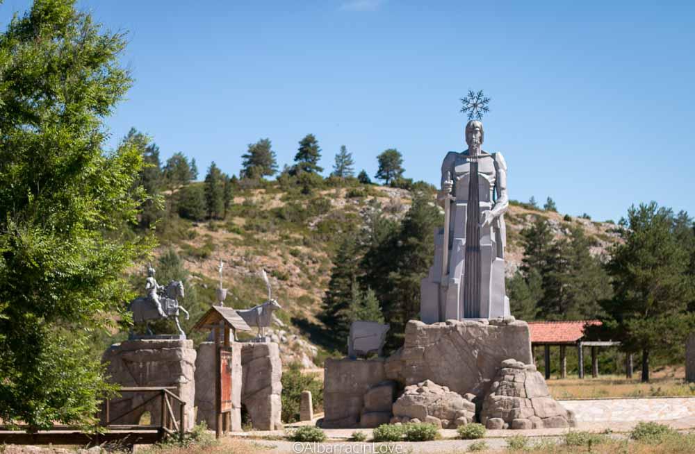 El Tajo: Ruta al Nacimiento del río más largo de la Península Ibérica, en la Sierra de Albarracín, Teruel.