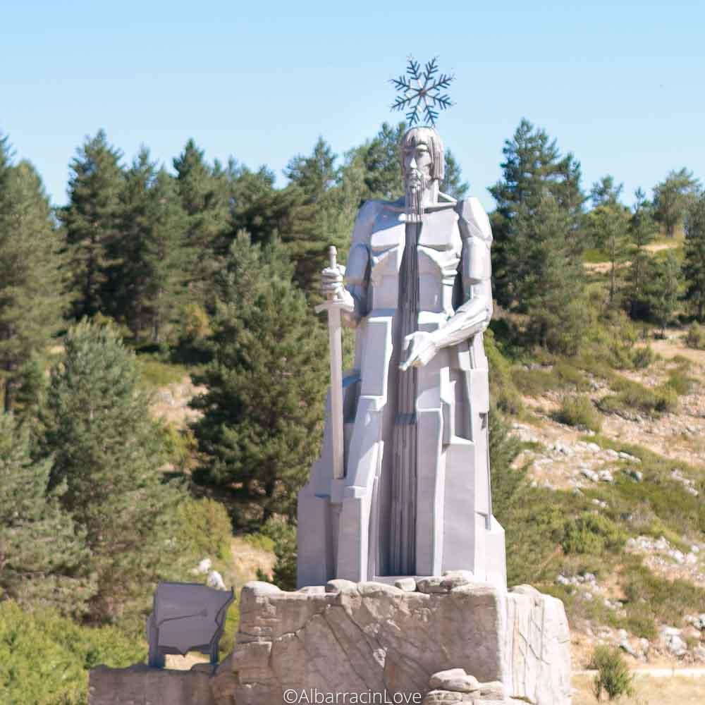 Fotografía de la escultura del Padre Tajo