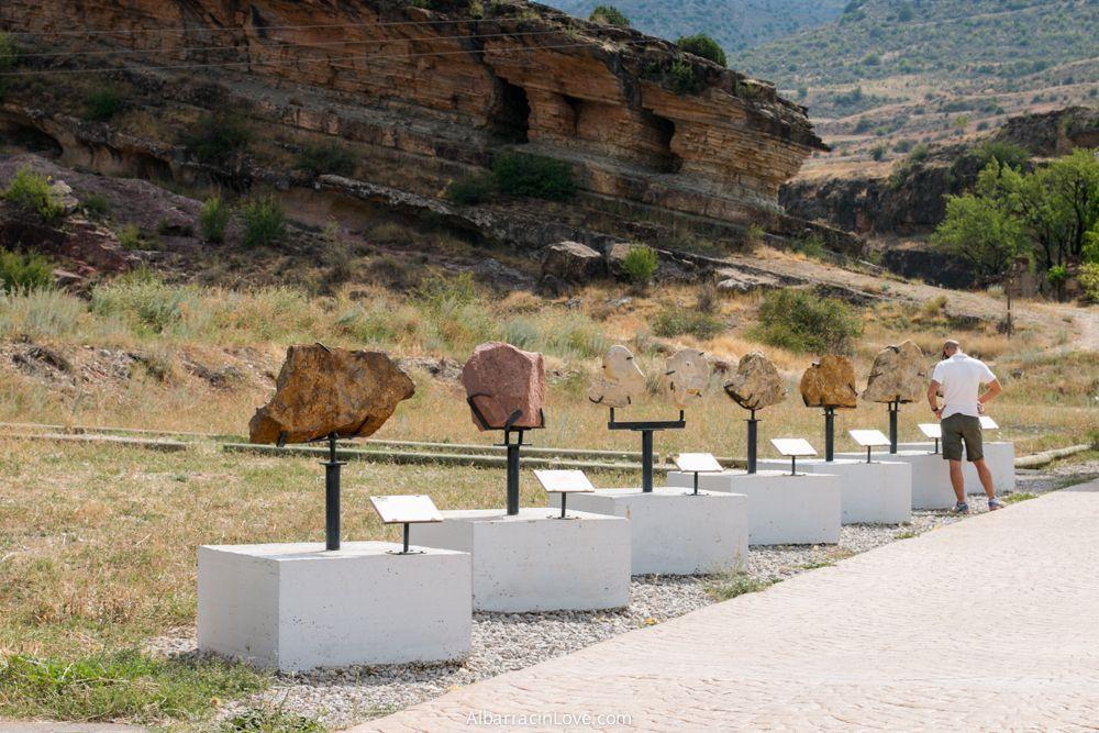 Fotografia de Exposición fósiles en Dinópolis Albarracín