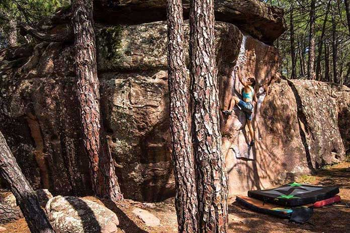 Negocios dedicados a la Escalada Boulder en Albarracín. ¿Quieres conocerlos?