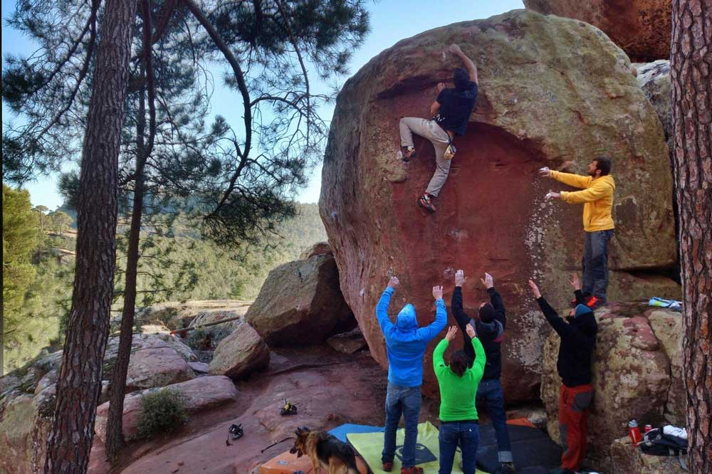 Boulder Albarracín: guía para escalar en los Pinares de Rodeno y otras zonas
