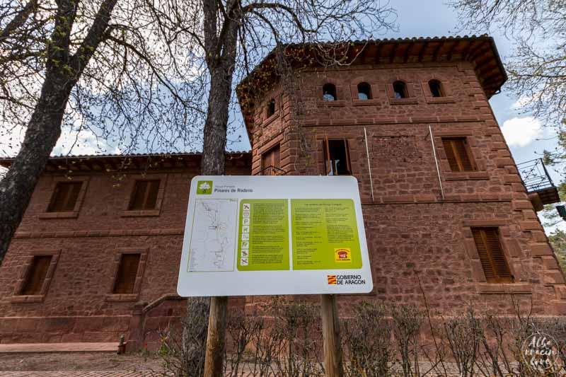 Fotografía de la fachada del Centro de Interpretación Dornaque