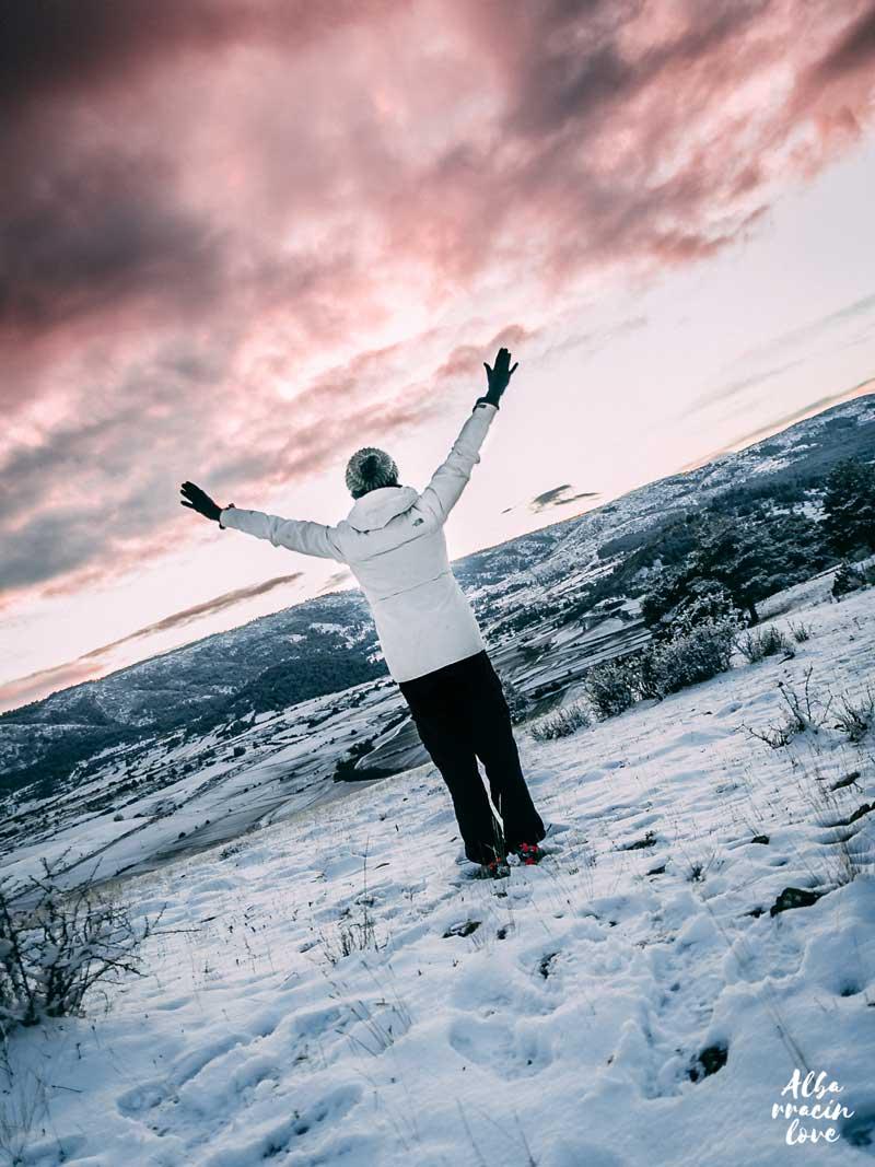 Fotografía de nieve y Puesta de sol durante el invierno de Albarracin