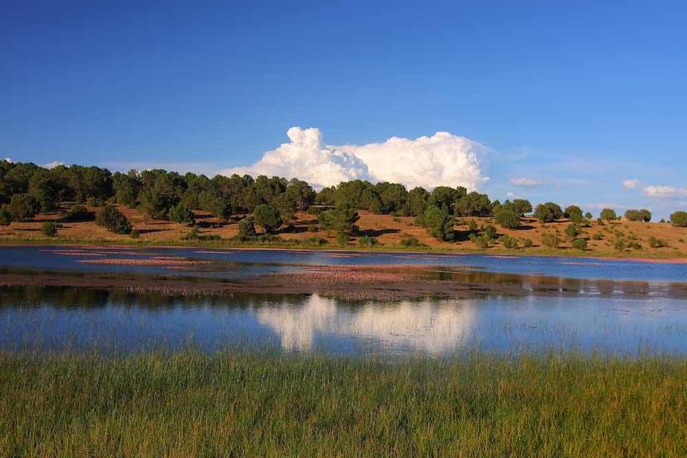 Fotografia de la laguna de bezas en la Sierra de Albarracin