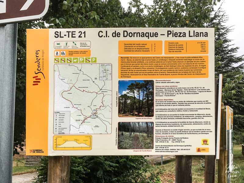Fotografía del cartel del sendero Dornaque a Pieza Llana